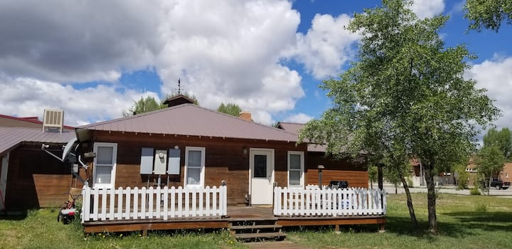 Charming Home in the Heart of Downtown Pinedale