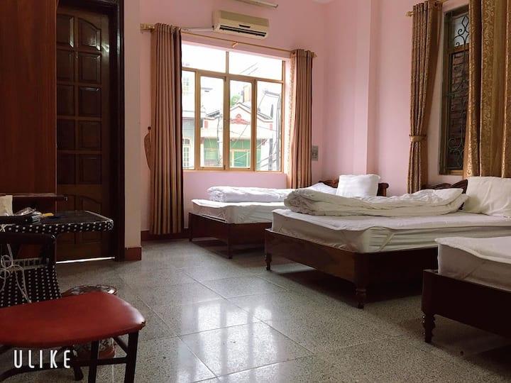 Linh Giang Motel