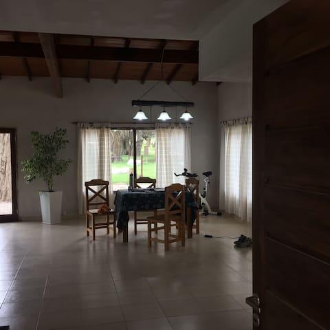 Alquilo Chalet a estrenar en Barrio Privado - General Pueyrredón - Casa