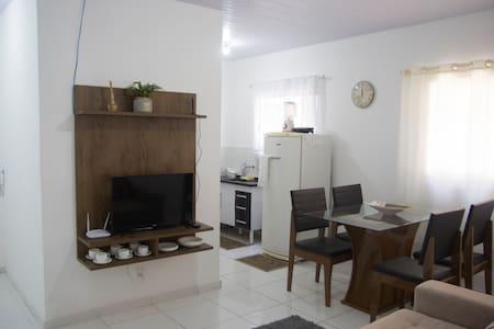 2 quartos prox. de Jardim Camburi