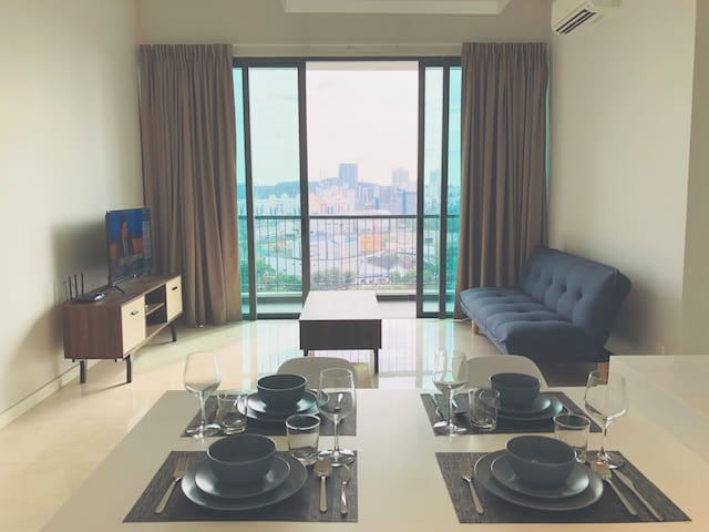 1BR NEW APARTMENT NEAR MID VALLEY (B20)