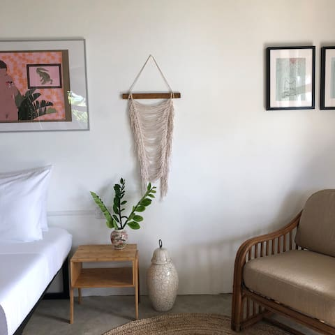 FINCA VICTORIA 'Victoria Suite' farm-guesthouse