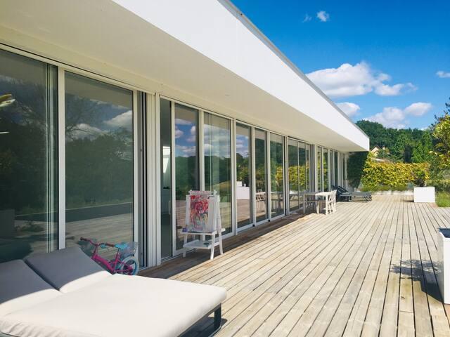 Luxueuse maison contemporaine Pyrénées – BIARRITZ