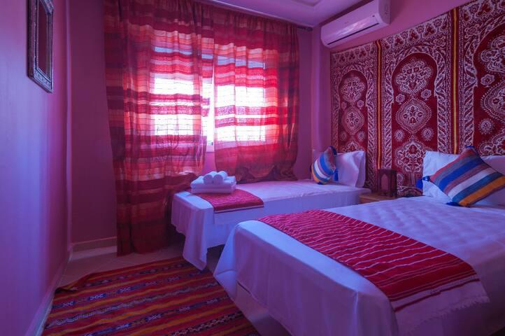 (Puerta Azul)Small twin room standard rate