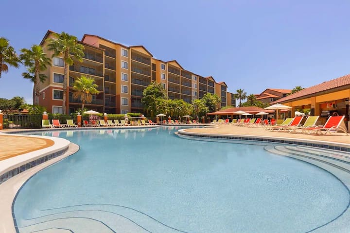 Two-Bedroom Villa At Westgate Lakes Resort!