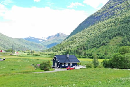 "Stordal, Risvoll Bed & Breakfast, room ""Blue"""