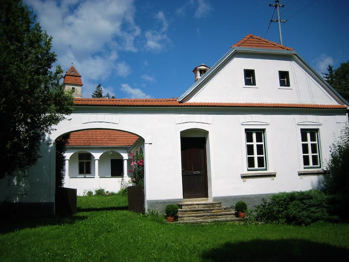 Holiday home in idyllic location 110km from Vienna