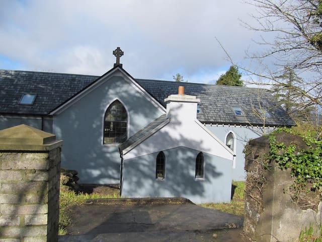 A beautiful converted 4 bed church.