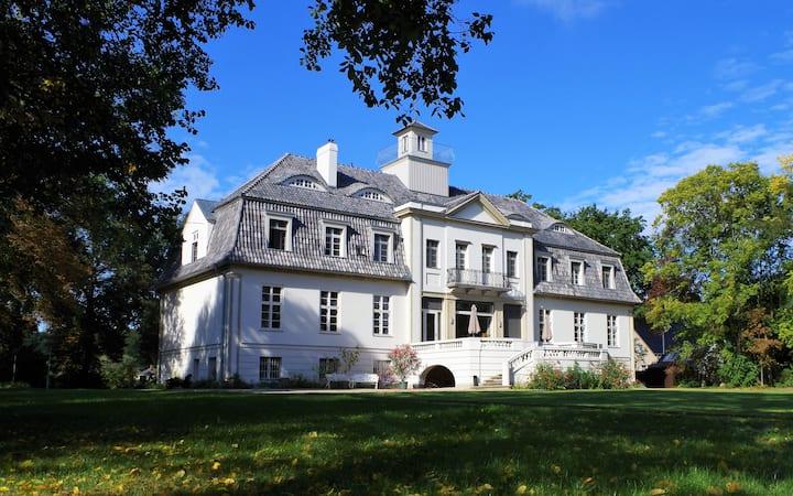 Schloss Selchow - Chateau 30 min from Berlin
