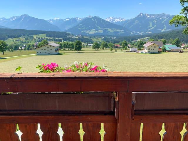 Privatzimmer mit einzigartiger Aussichtslage!
