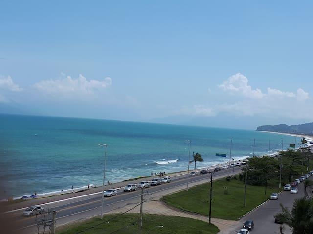 Apto de frente pro mar Massaguaçu Caraguatatuba