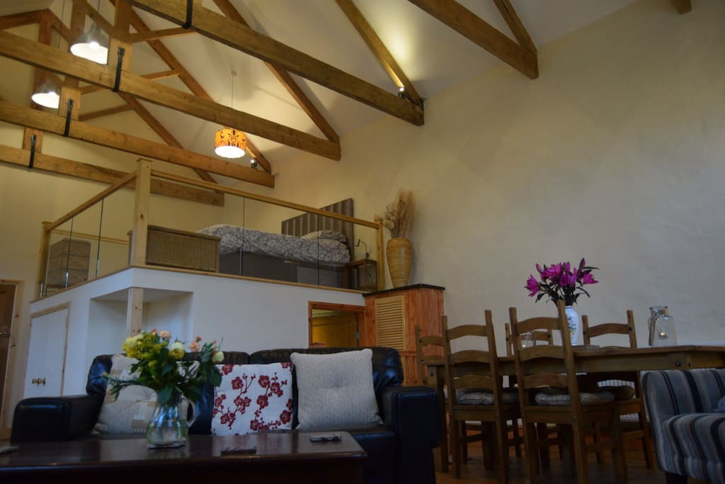 The School House -Great space to relax