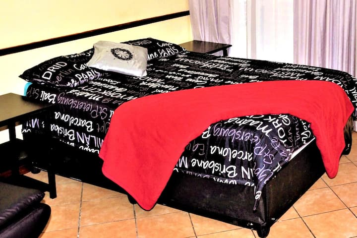 Fully Furnished Self-Catering Apartment, Free DSTV
