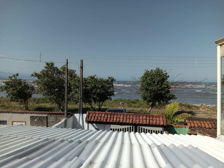 Sobrado em São Sebastião com vista para Ilhabela