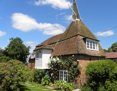 Delightful oast house - Stone in Oxney - House