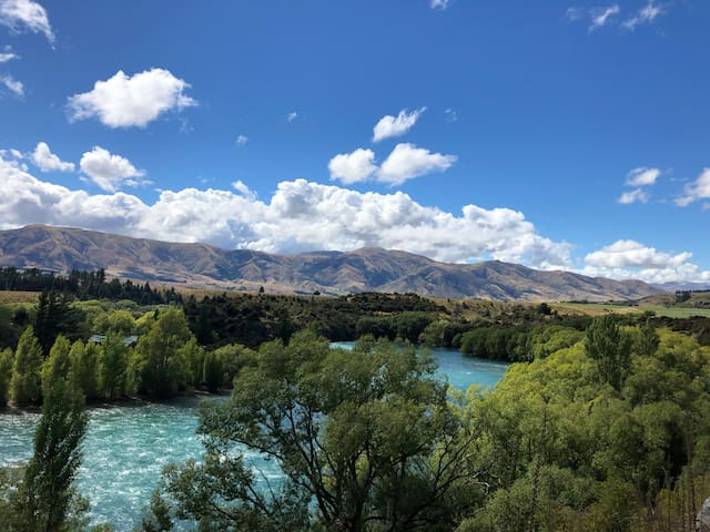 This was taken on a walk along the Clutha river in front of the house. Isn't the colour of the water gorgeous? You can cycle along the river too. The easiest place to access the river is at the nearby town of Luggate.