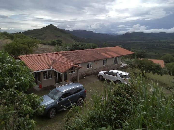 Casa en Montaña Membrillal