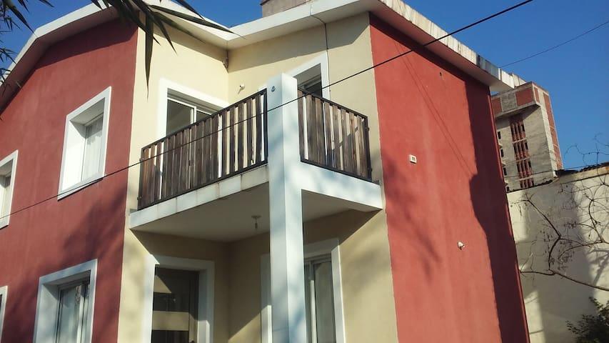 Duplex céntrico en Rio Ceballos