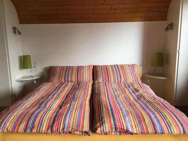 Guesthouse Anna - Room Niesen - Aeschlen ob Gunten - Sigriswil - Rumah