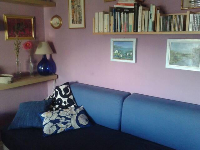 Letto singolo 1 in appartamento anni trenta - Pipi a letto a 4 anni ...