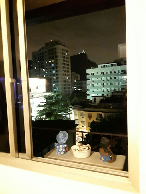 Vista Panorâmica noturna do Quarto