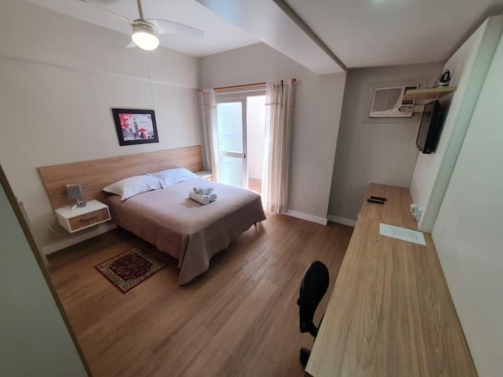 "Beautiful loft located in ""cidade baixa"" district"