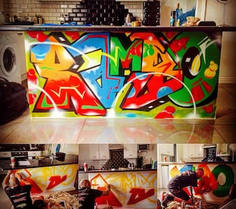 The wildsyle graffiti gaff - Leeds - House