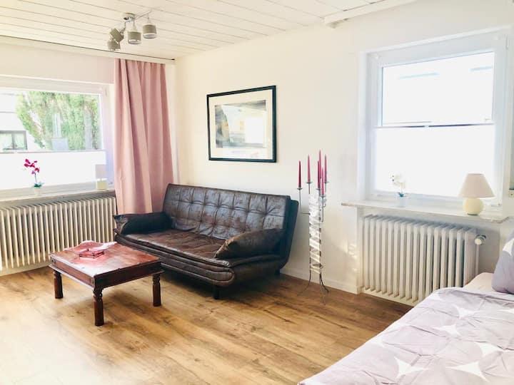 Gästezimmer am Hochrhein, (Lauchringen), Familien-/ Komfortzimmer mit Gemeinschaftsbad