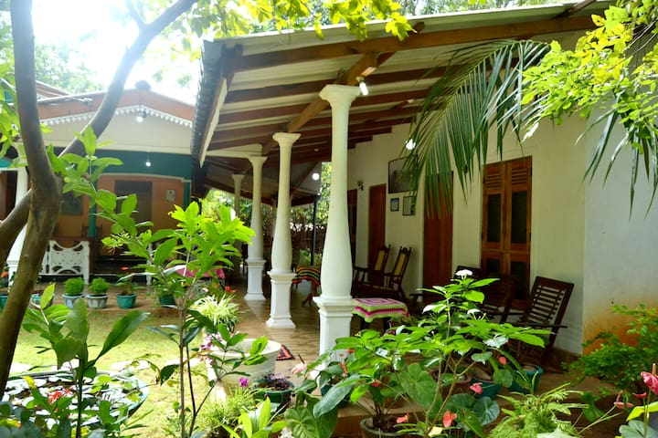 Sigiri Lodge Bed and Breakfast - Sigiriya - Natur-Lodge