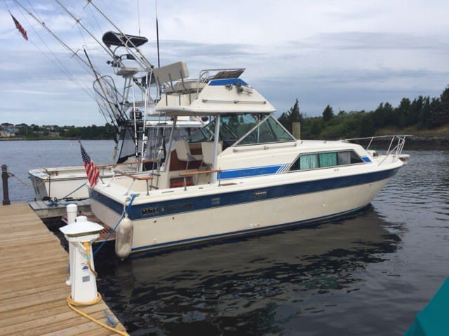 29FT CHRIS CRAFT NEAR CAPE COD/PROVIDENCE