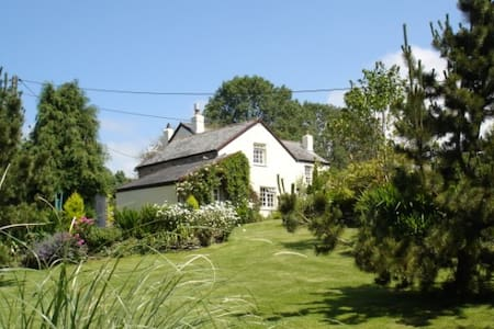 Relax in this gorgeous corner of England - Devon - Gästhus