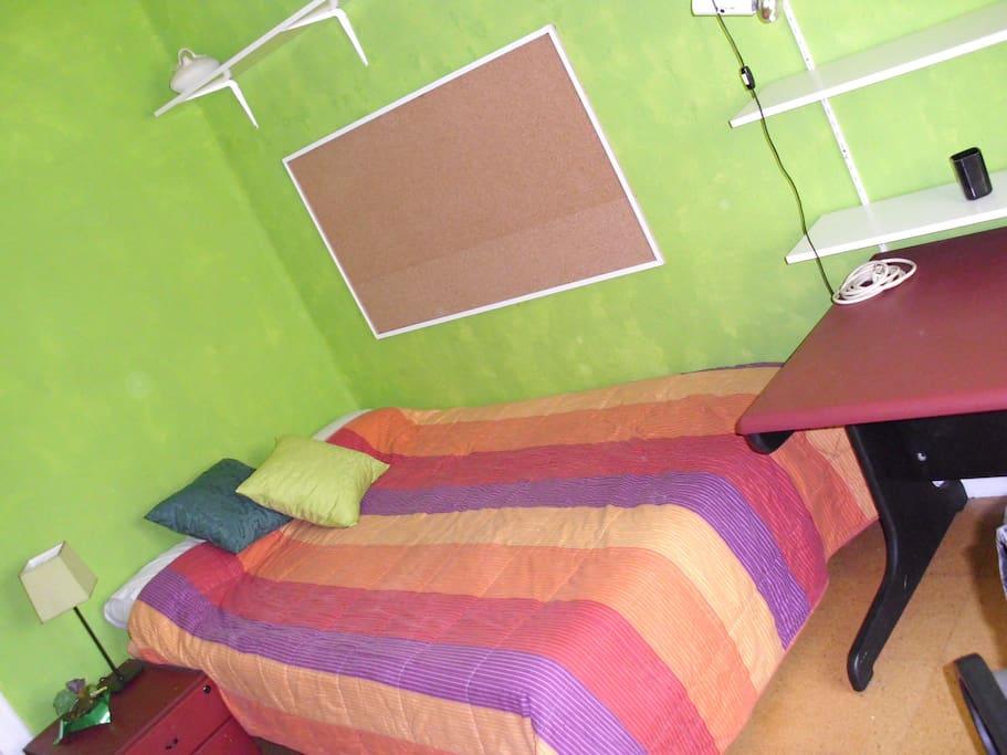 Habitaci n luminosa en ensanche appartamenti in affitto for Que significa habitacion