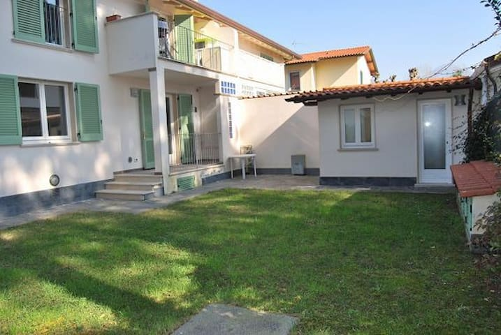 LOVELY HOUSE 2 BATHROOMS 2 BEDROOMS NEAR THE SEA