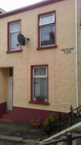 12 ABERCORN PLACE (3) - Londonderry - House