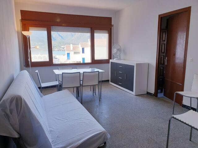 Àncora, Apartamento de 2 hab. con vistas al mar U1