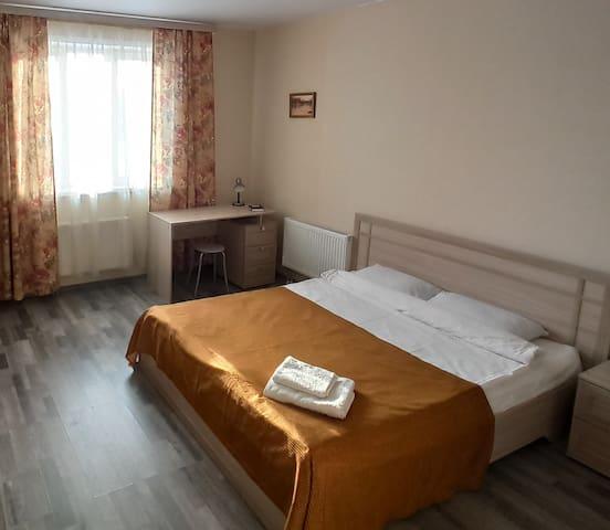 Квартира на Арбузова в Академгородке, WI-FI.