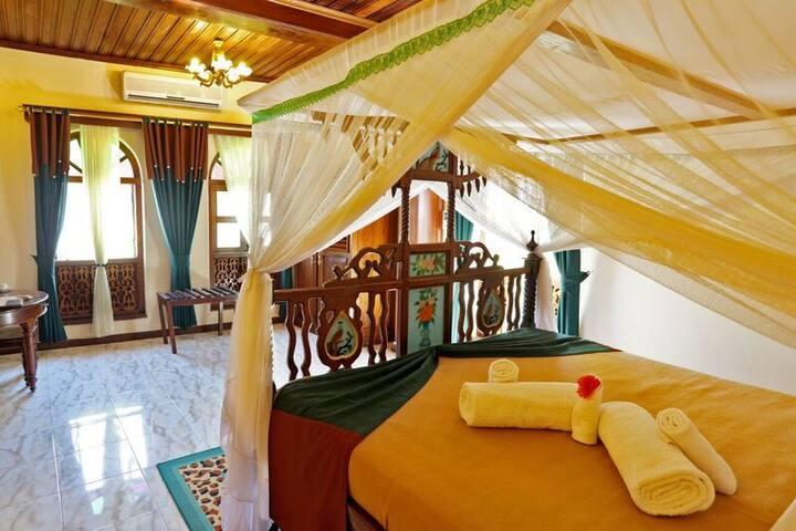 High Class Tausi Palace Hotel - Zanzibar - Bed & Breakfast