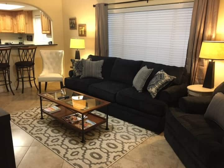 Close to Everything! GROUND FLOOR Luxury 3 Bed!
