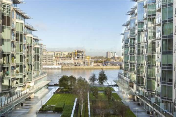 2/3 bed 2bath top River views Battersea high floor