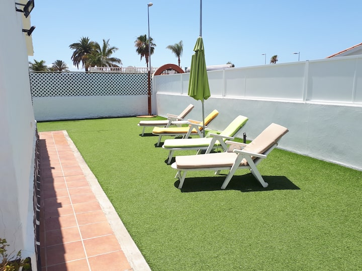NEW AND QUIET HOUSE IN PLAYA DEL INGLÉS NEAR YUMBO