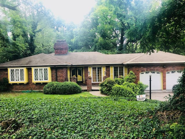 LOVELY private family home - St.  Louis County