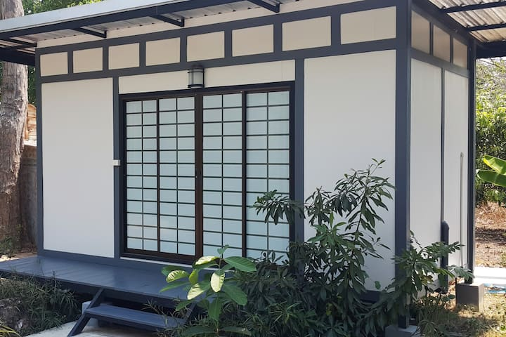 Japanese Zen Cabin