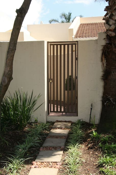 Own entrance into private courtyard