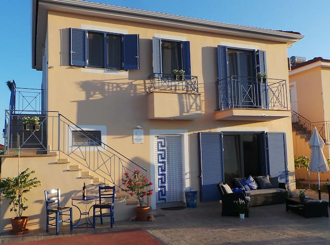 Villa Finiki Messinia (upstairs) #