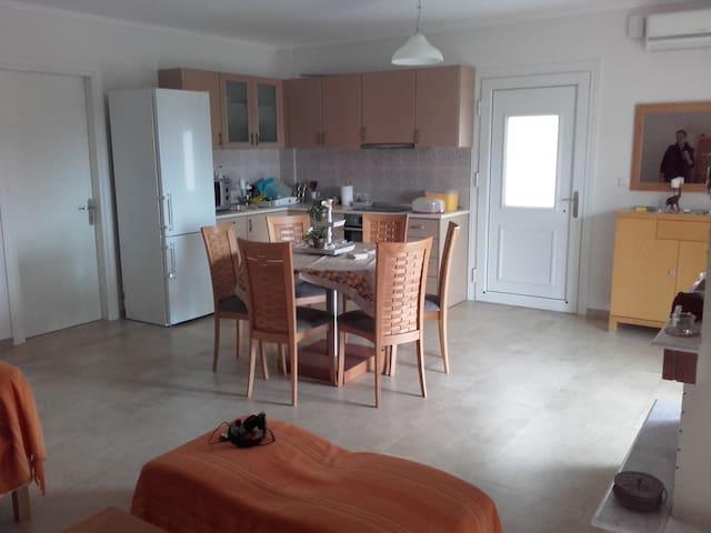 Διαμέρισμα Ψακούδια Χαλκιδικής - Ierissos - Lägenhet