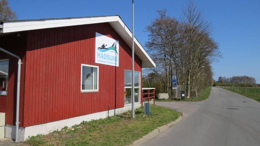 Hadsund Camping & Vandrerhjem - 3 senge