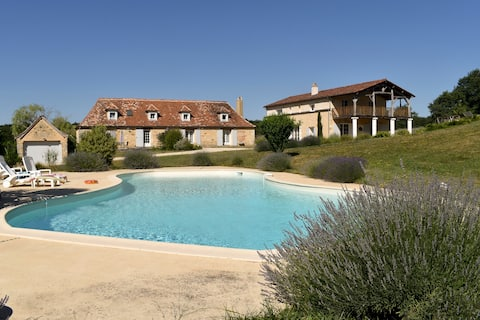 Les Ravels  luxury and quietful place in Perigord