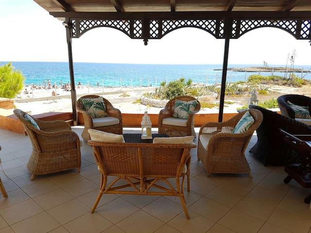 Outstanding Villa with private rocks - Ognina - Rumah liburan