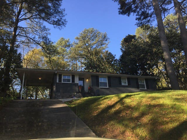 Private Emory Atlanta Ranch House - Decatur - House