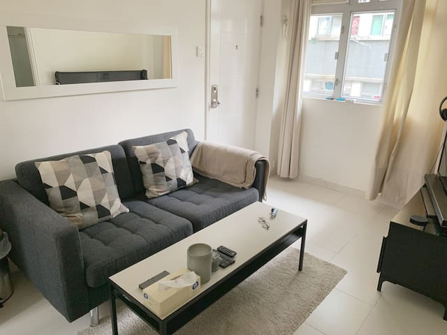 Cosy private room and rooftop - Wanchai Center